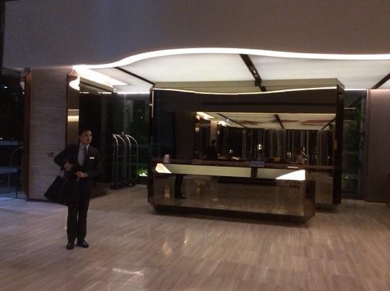 Hilton Sukhumvit Bangkok: Nice and gelpful staffs.