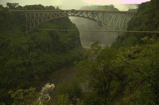 Victoria Falls Bridge Company : Skipping the country via slide