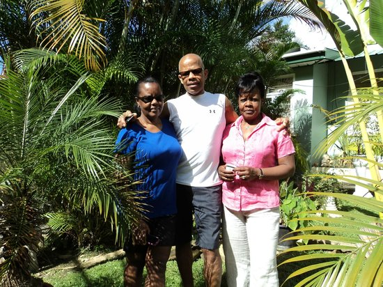 Samise Villa: Family