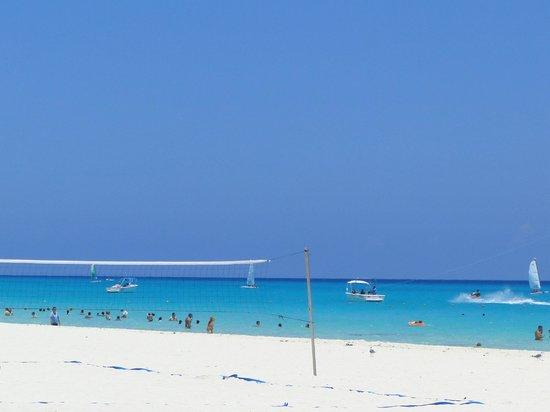 Sandos Playacar Beach Resort: playa