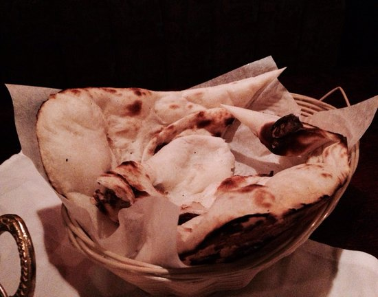 Tandoori Grill Indian Cuisine: Use bread and your fingers to eat... That makes the taste even better