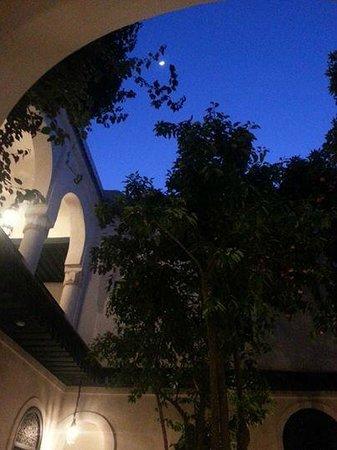 Hotel & Spa Riad Dar Sara: Vanuit de Patio genomen