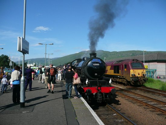 The Jacobite Steam Train - Fort William