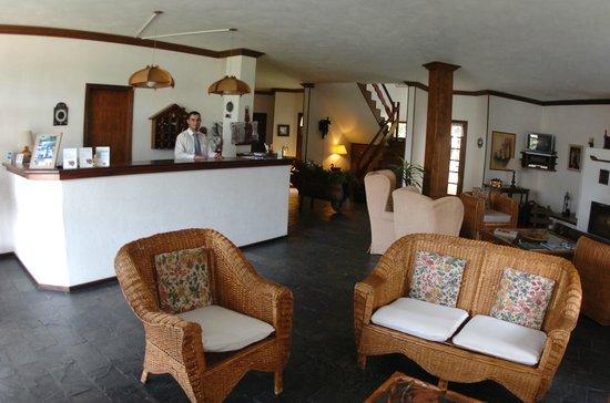 Hotel Salzburgo: Recepción