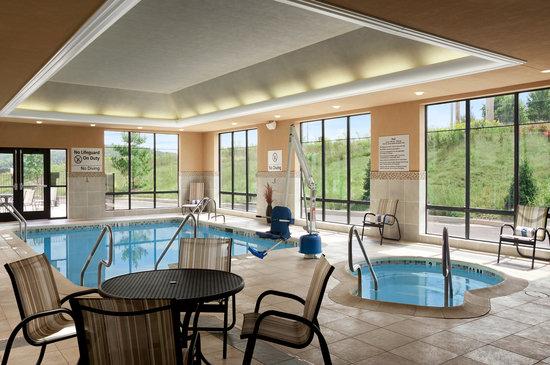 Hampton Inn & Suites Mansfield: Mansfield PA Hotel Indoor Pool
