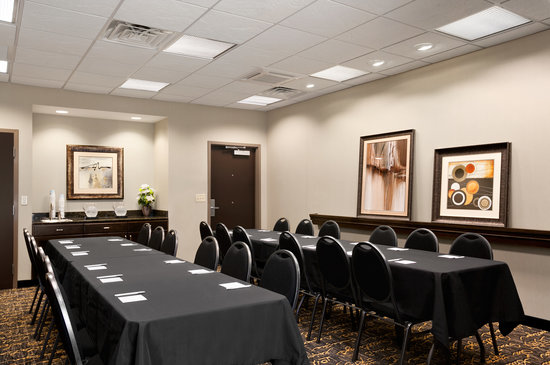Meeting Room at Hampton Inn & Suites Mansfield