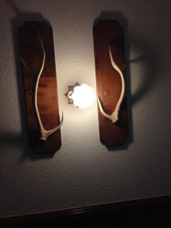 Y O Ranch Hotel & Conference Center : Antler Lights
