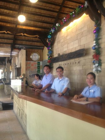 Sea Wind Boracay Island : Hotel staff