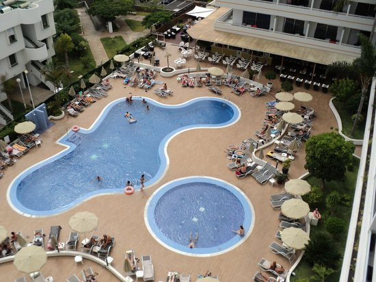 Sunprime Coral Suites: lovely pool area