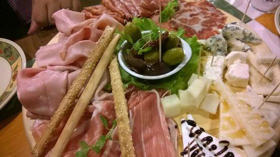 Il Gallo Nero: Meat platter