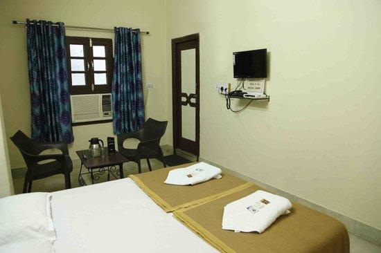 Hotel Shagun Palace