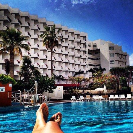 Palm Beach Tenerife: Piscina