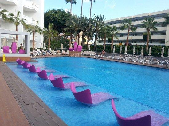 Hotel Riu Don Miguel: La piscina del Don Miguel