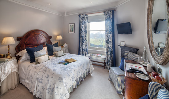 The traddock updated 2018 prices hotel reviews for Best restaurants with rooms yorkshire dales