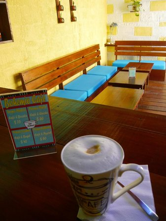 Bohemio Café: patio y lounge