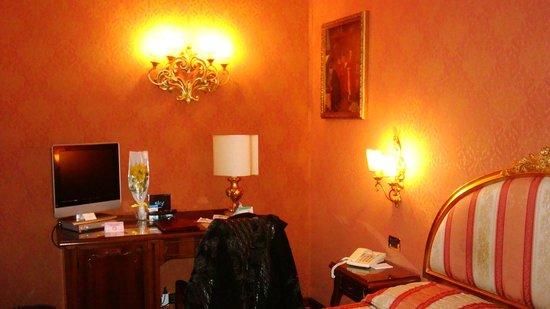 Hotel American Dinesen : Vue de la grande chambre