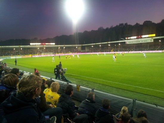 Stadionhopper Mark Mauderer: Unterm Flutlicht