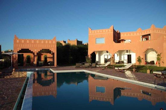 Kasbah Mansour: La piscine
