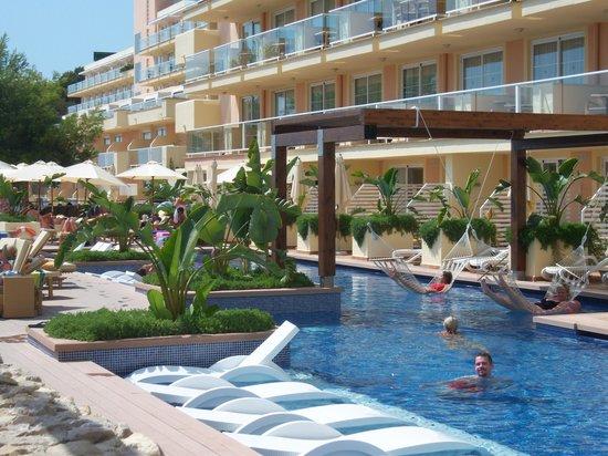 Star prestige pool picture of iberostar jardin del sol for Jardin del sol santa ponsa