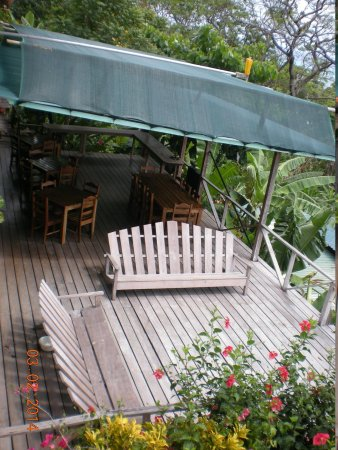 Lookout Inn Lodge: Another deck