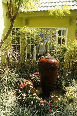 The Twenty Lodge: The garden
