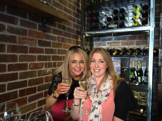 Fazenda Rodizio Bar & Grill: My sister & I enjoying a delicious glass of fiz