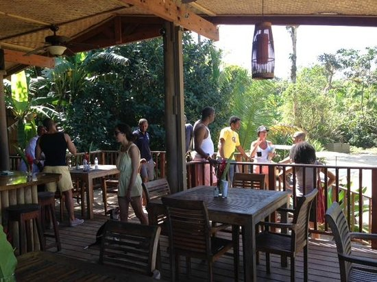 Punta Lava Beach Bar and Grill: Entrance to restaurant-1st floor