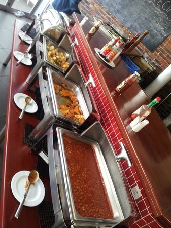 The Aviator Hotel OR Tambo: Great breakfast