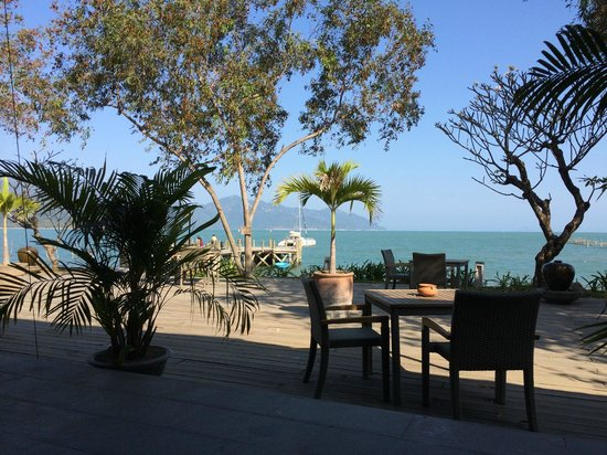 L'Alyana Ninh Van Bay: Jetty lounge