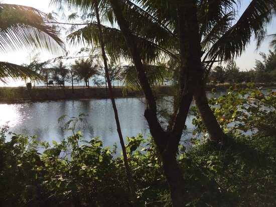 L'Alyana Villas Ninh Van Bay: Lagoon
