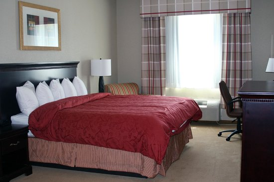 Country Inn & Suites By Carlson, Ithaca: King Suite