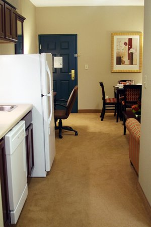 Country Inn & Suites By Carlson, Ithaca: Additional view of Kitchen Suite