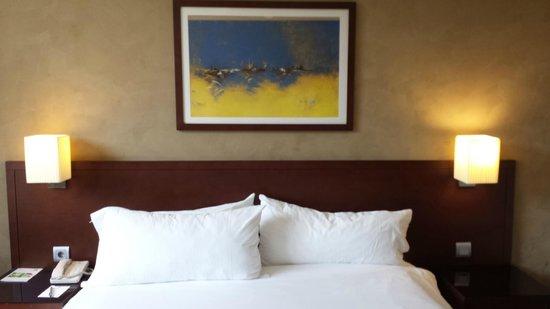 Holiday Inn Riyadh Izdihar : bed