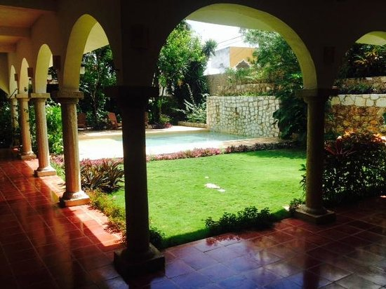 Hotel Posada San Juan: Pool from terrace