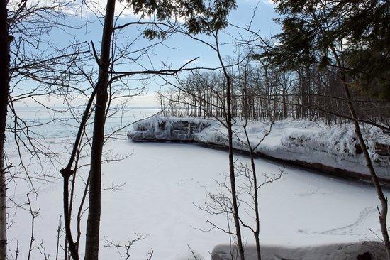 Big Bay State Park: Frozen bay