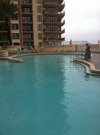 Emerald Grande at HarborWalk Village: Pool