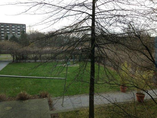 Auszeit Hotel Dusseldorf : Вид из номера