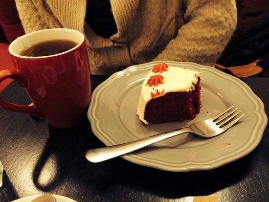 Chemin Bistro Cafe : Red velvet