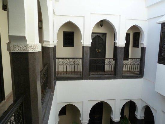 Riad Alnadine: Vue sur une autre chambre