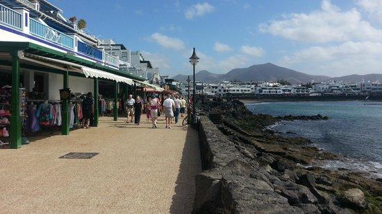 Hotel Vitalclass Lanzarote: passeggiata a puerto del carmen