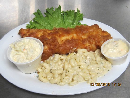 Maple Lawn Dairy Restaurant : Friday Fish Fry with Mac & cheese