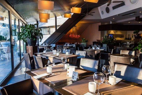 Quality Hotel Le Cervolan Chambery - Voglans : La salle de restaurant