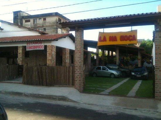 Fachada do edificio picture of restaurante la na roca for Restaurante la roca