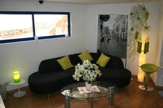 HOTEL FETICHE: SALA TV