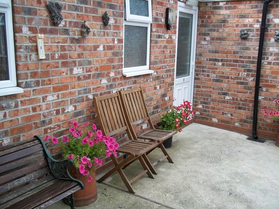 Brayford Guest House: Courtyard Rooms