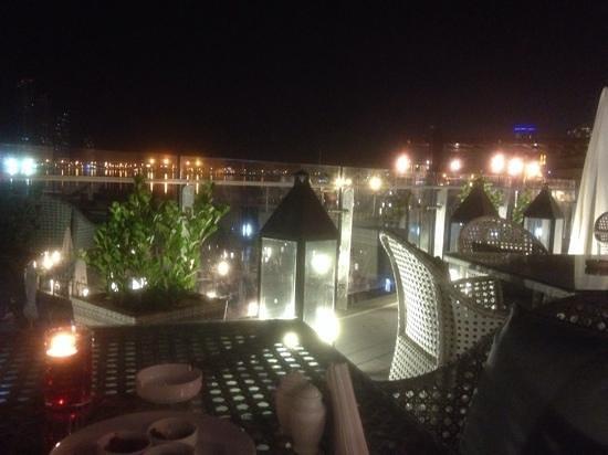 El Manza Restaurant : roof deck