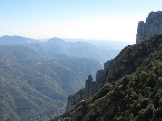 Barcelona Day Tours: Montserrat