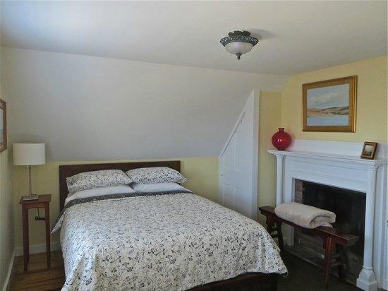Atlantic Light Inn: Guest Bedroom #6