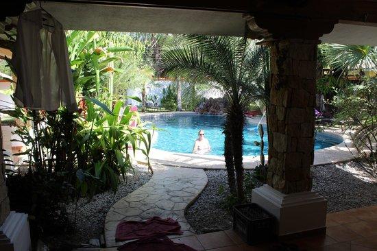 Villas Kalimba: Kamar house patio and pool