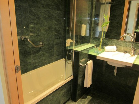 TRYP Port Cambrils : bain